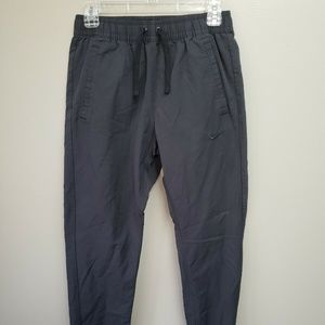 Nike Joggers Weather Resistent Small Black